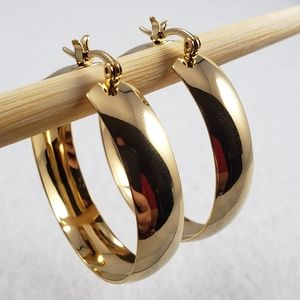 """1.5"""" Chubby Gold Hoops"""